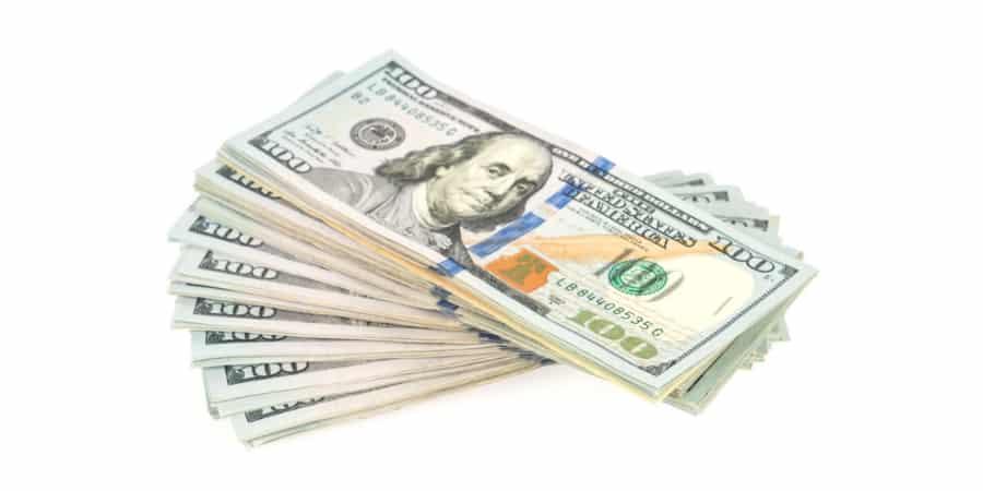 Entenda a cotação do dólar e a diferença entre o dólar turismo, comercial e paralelo